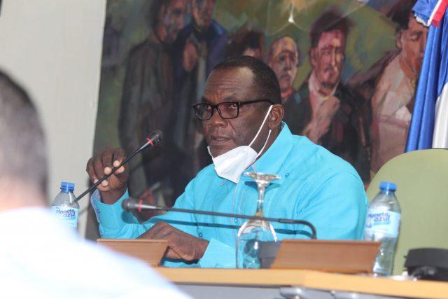 Internan de emergencia alcalde Cristian Encarnación de Los Alcarrizos