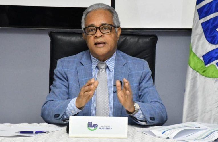 Ministro de Salud pide excusas a Gonzalo Castillo, dice no se refirió a él