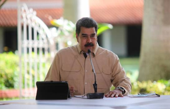 Maduro anuncia autoridades venezolanas detuvieron a un espía de EE.UU.