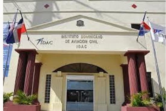 IDAC separa a directores por no haber objetado aeropuerto de Bávaro