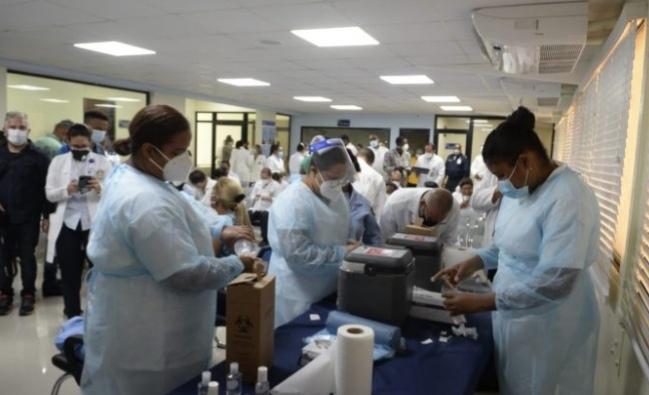182 personas se vacunaron contra el Covid-19 en Hospital Ramón de Lara
