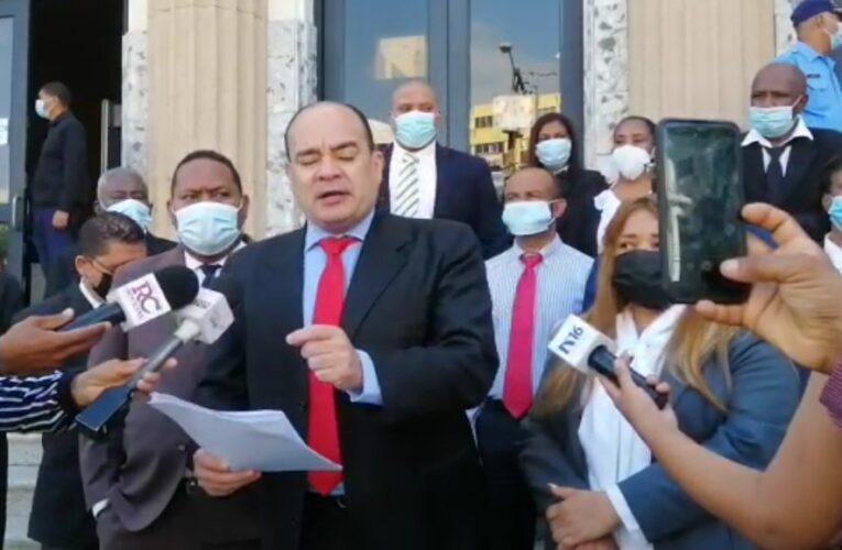 Surún Hernández denuncia una banda mafiosa se dedica a falsificar expedientes para extorsionar y chantajear