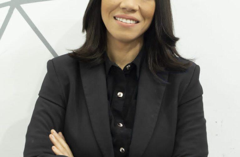 Periodista Cristal Acevedo estrenará programa que combina la opinión y la investigación